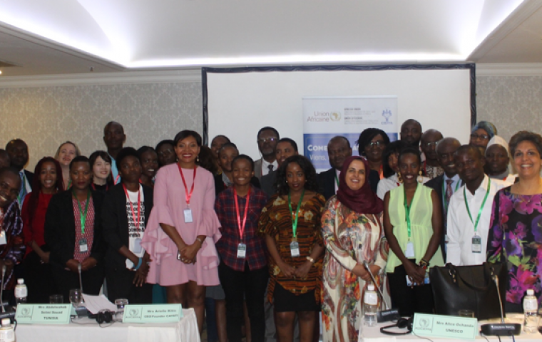 Experts call upon African countries to embrace the digital revolution to empower girls and young women.
